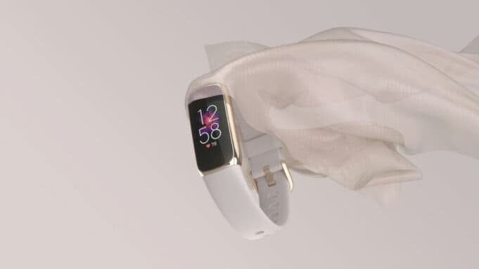 Fitbit Luxe fitness and wellness tracker